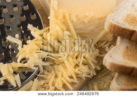Delicious Grated Irish Organic Mature Cheddar Cheese