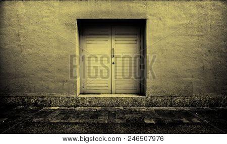 Yellow Wooden Door, Protection Detail, Closed Door