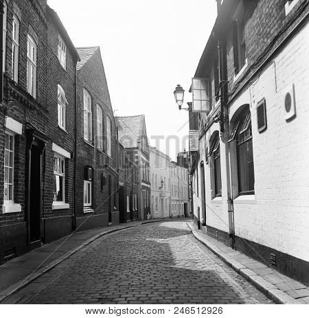 Winding Empty Cobbled Street Lined With Victorian And Edwardian Houses. Taken On King Street (cheste