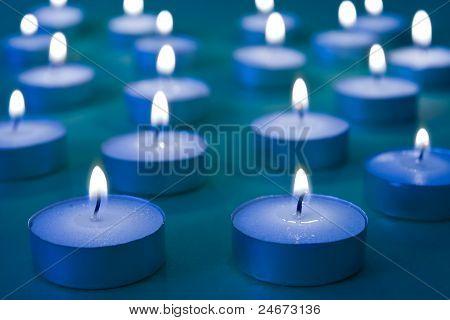 Gruppe von brennende Kerzen