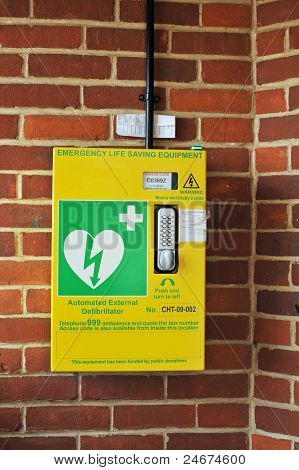 Automatic External Defibrillator (AED)