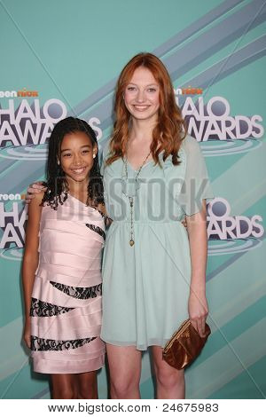 LOS ANGELES - OCT 26: Amandla Stenberg, Jacqueline Emerson arriving at the 2011 Nickelodeon TeenNick HALO Awards at Hollywood Palladium on October 26, 2011 in Los Angeles, CA