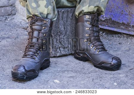 Army Uniform Military Boots And Military Pants