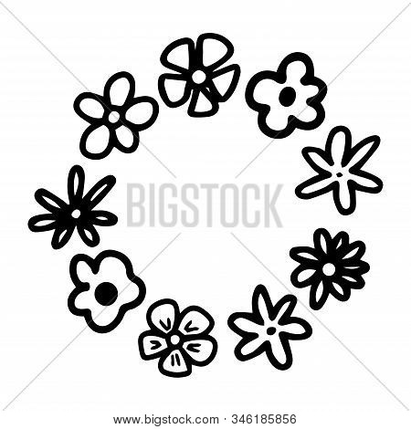 Cute Cartoon Flowers. Floral Round Frame For Wadding Design. Copy Space Social Media Decor. Vector H