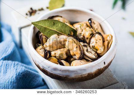 Mussels, Molluscs, Seaweed, Sea Plants, Mussel Meat, Healthy Food, Seafood, Gourmet Food, Mediterran