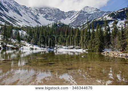 Beaufiful Slovakia Moutain, Rohace Tatra, Tatliakovo Jazero Lake, West Tatras