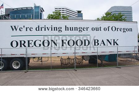 Portland, Or Usa June 29, 2016:  Oregon Food Bank In Downtown Portland Oregon Sets Up To Assist The