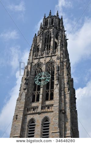 Harkness Tower an der Yale University