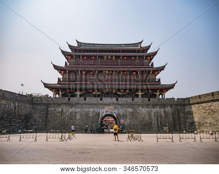Chaozhou/china-02 April 2018:anceint City Wall Near Ancient Old Town In Chaozhou City China.ancient
