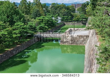 Kyoto,japan, Asia - September 3, 2019 : Inner Walls, Moat And Park Of The Nijo Castle