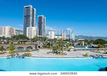 Santa Cruz De Tenerife, Spain - 22 December, 2019 Santa Cruz De Tenerife Cityscape, Pools  Maritimo