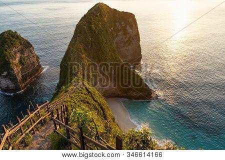 Manta Bay Or Kelingking Beach At The Sunset On Nusa Penida Island, Bali, Indonesia