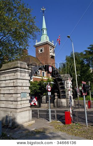 Rotherhithe Tunnel And St. Olav's Norweigan Church