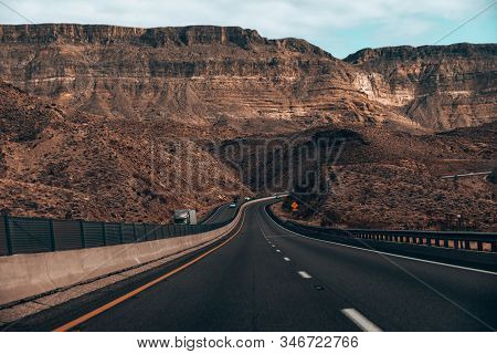 Great Basin Hwy Road To Hoover Dam, Nevada, Usa