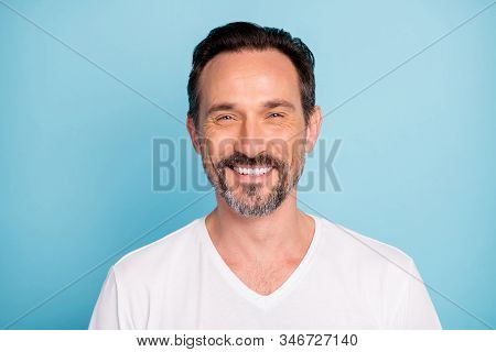 Close-up Portrait Of His He Nice Attractive Content Cheerful Cheery Glad Brunette Guy Qualified It G