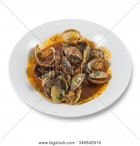 A Dish Of Clams In Red Sauce On White Background