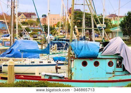 January 15, 2020 In Eureka, Ca:  Vintage Fishing Boats, Sail Boats, And Yachts Docked At The Eureka,