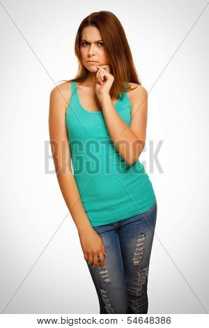 angry displeased thinking woman brunette girl emociones