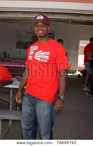 LOS ANGELES - OCT 25:  Larenz Tate at the Habitat for Humanity build by Showtime's