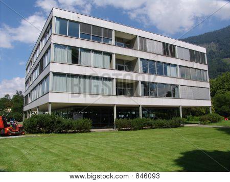 Modern Swiss School