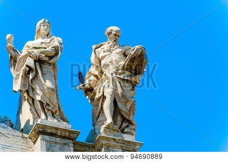 Statues At The Top Of Basilica Of Saint John Lateran In Rome, Italy.