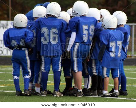 Football Huddle Strategy