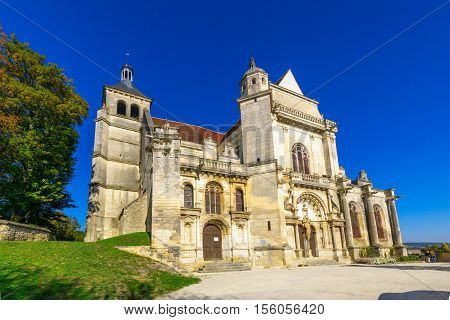 The Saint Peter Church, In Tonnerre