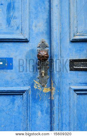 beautiful blue door