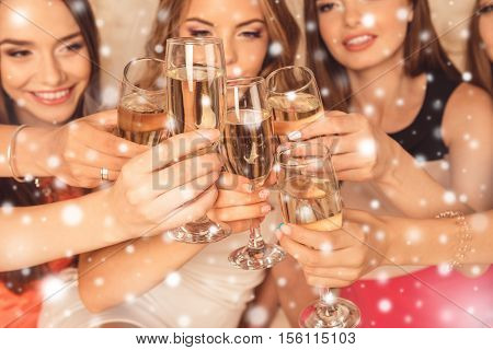 Close Up Photo Of Girls Celebrating New Year Party And Clinking