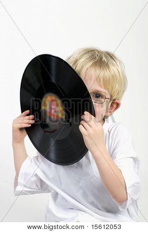 Let's make music with old black vinyl