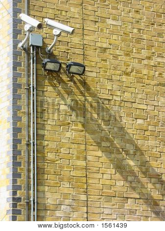 Cameras_Wall