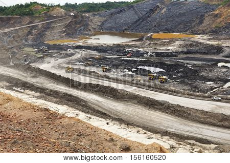 the view overlay of open pit coal mining
