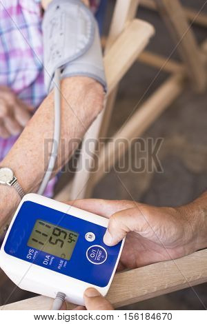 Blood Pressur Pulse Rate Meter
