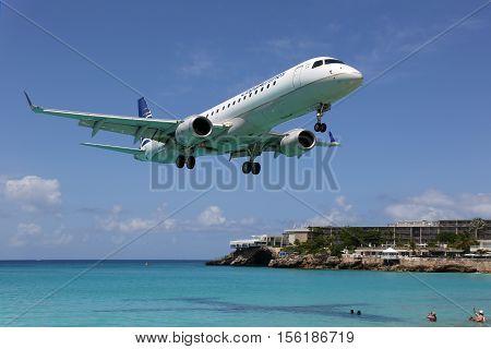 Copa Airlines Embraer Erj190 Airplane Landing Sint Maarten Airport