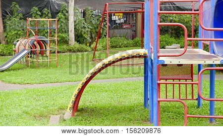 Vintage Colorful Outdoor Childhood Recreation Playground Equipment