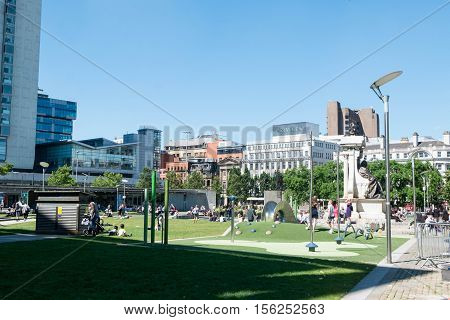 Manchester, England - 19 July 2016 : Piccadilly Gardens Is A Green Space In Manchester City Centre,