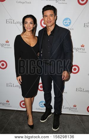 LOS ANGELES - NOV 10:  Courtney Mazza, Mario Lopez at the 5th Annual Eva Longoria Foundation Dinner at Four Seasons Beverly Hills  on November 10, 2016 in Beverly Hills, CA