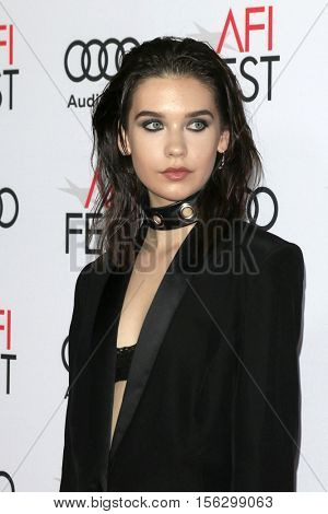LOS ANGELES - NOV 10:  Amanda Steele at the AFI FEST 2016 - Opening Night - Premiere Of 20th Century Fox's 'Rules Don't Apply' at TCL Chinese Theater on November 10, 2016 in Los Angeles, CA