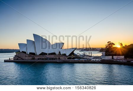 SIDNEY - AUSTRALIA NOVEMBER 2, 2016: View of the Sidney Opera House, a multi-venue performing arts center, at sunrise. The famous opera house was designed by Danish architect Jorn Utzon.