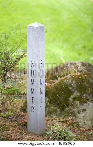 Summer Garden Sign