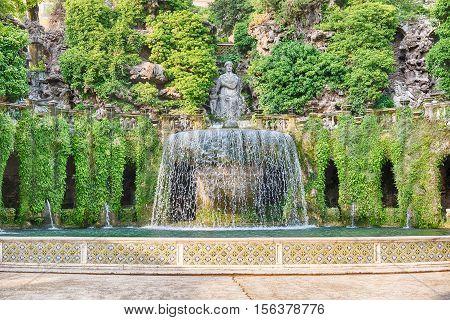 The Oval Fountain In Villa D'este, Tivoli, Italy