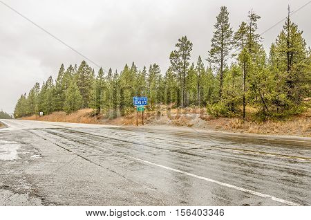 Rainy and wet road at the Idaho border and the Continental Divide
