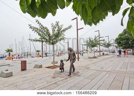 Marina Art Sculpture Walking