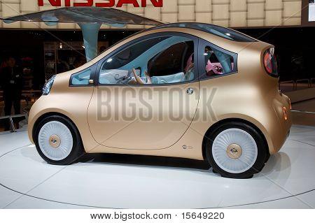 PARIS, FRANCE - OCTOBER 02: Paris Motor Show 2008, Nissan Nuvo Concept, side view