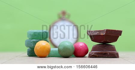 picture of a Green mints candychocolate and bubble gum