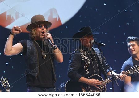 CHICAGO-NOV 9: Big & Rich perform at CBS Radio's Stars & Stripes event at the Chicago Theatre on November 9, 2016 in Chicago, Illinois.