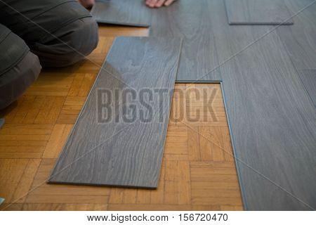 Lay vinyl floor on parquet floor, renovate