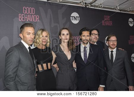 Chad Hodge, Lusia Strus, Michelle Dockery, Juan Diego Botto, Terry Kinney, Blake Crouch
