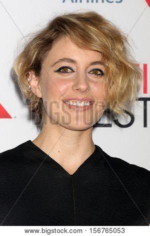 LOS ANGELES - NOV 14:  Greta Gerwig at the