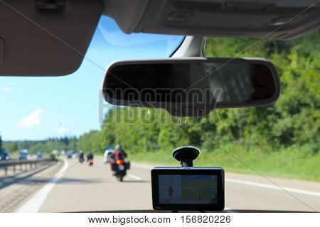 Navigation / express road in the front of the car window